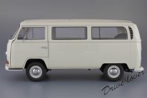Прикрепленное изображение: Volkswagen T2a Bus Schuco 450019000_03.jpg