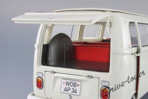Прикрепленное изображение: Volkswagen T2a Bus Schuco 450019000_22.jpg