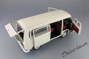 Прикрепленное изображение: Volkswagen T2a Bus Schuco 450019000_17.jpg