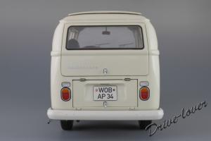 Прикрепленное изображение: Volkswagen T2a Bus Schuco 450019000_06.jpg