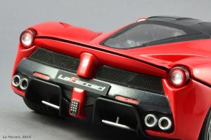 Прикрепленное изображение: La_Ferrari-(43).png