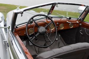 Прикрепленное изображение: Horch-853-Voll-and-Ruhrbeck-Sport-Cabriolet-12.jpg