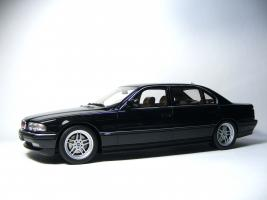 Прикрепленное изображение: BMW E38 750 iL1999 Black Metallic LE 1750 pcs..jpg