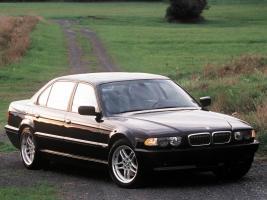 Прикрепленное изображение: BMW-7_series_E38-foto_b10106.jpg