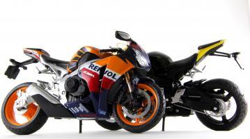 Прикрепленное изображение: Honda CBR 1000RR Repsol (10).JPG