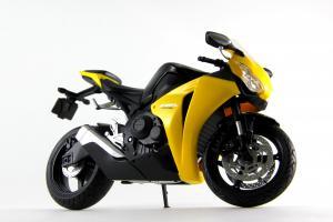 Прикрепленное изображение: Honda CBR 1000RR (2).JPG