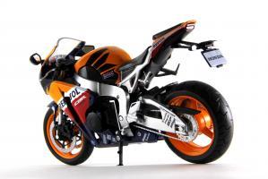 Прикрепленное изображение: Honda CBR 1000RR Repsol (5).JPG