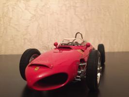Прикрепленное изображение: Ferrari 156 F1 Sharknose 5.jpg