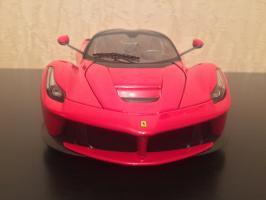 Прикрепленное изображение: 2013 La Ferrari 3.jpg