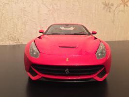 Прикрепленное изображение: 2012 Ferrari F12 Berlinetta 2.jpg