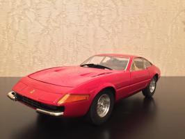 Прикрепленное изображение: 1968 Ferrari 365 GTB4 1.jpg