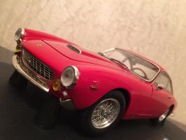 Прикрепленное изображение: 1962 Ferrari 250 GT Berlinetta Lusso 2.jpg
