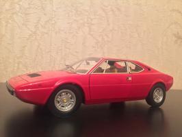 Прикрепленное изображение: 1973 Ferrari Dino 308 GT4 1.jpg