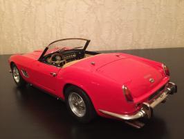 Прикрепленное изображение: 1957 Ferrari 250 California Spider SWB 2.jpg