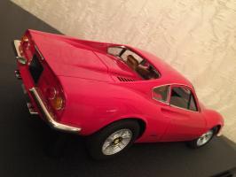 Прикрепленное изображение: 1969 Ferrari Dino 246 GT 3.jpg