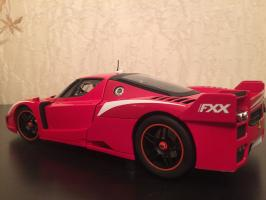Прикрепленное изображение: 2008 Ferrari FXX Evoluzione 2.jpg