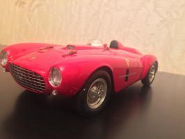 Прикрепленное изображение: 1954 Ferrari 375 Plus 1.jpg