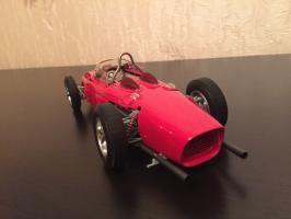 Прикрепленное изображение: Ferrari 156 F1 Sharknose 3.jpg