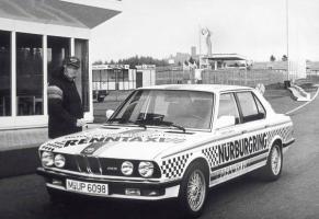 Прикрепленное изображение: Niki Lauda  BMW M5 Ring-Taxi.jpg