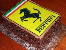 Прикрепленное изображение: ferrari-logo-cake-full-600x450.jpg