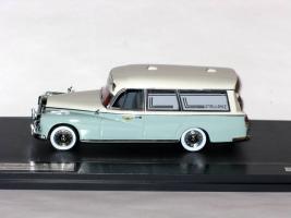 Прикрепленное изображение: Mercedes-Benz 300D  Visser Ambulance VZA Dora 005.JPG