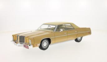 Прикрепленное изображение: 1975 Imperial gold-beige.jpg