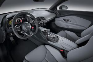 Прикрепленное изображение: Audi-R8-V10-2015-2016-plus-salon.jpg