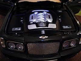 Прикрепленное изображение: Bentley Arnage T 2002 by Minichamps_7.jpg