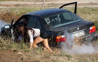 Прикрепленное изображение: BMW_stuck_and_wet_boots_17.jpg