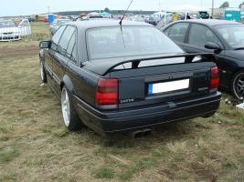 Прикрепленное изображение: 1024px-Opel_Lotus_Omega_rear_DSC00825.jpg