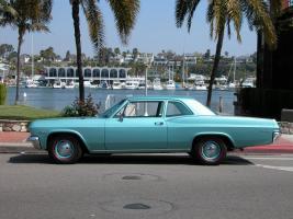 Прикрепленное изображение: 1965_2door_coupe biscayne 05.jpg
