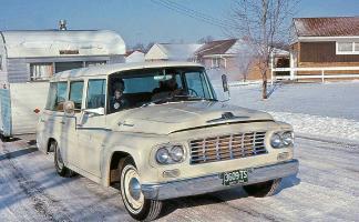 Прикрепленное изображение: 1964 International and Trailer Ohio.jpg