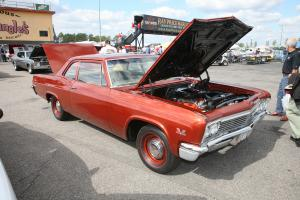 Прикрепленное изображение: 1966_2door_coupe biscayne 50.jpg