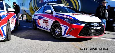 Прикрепленное изображение: 2015-Toyota-Camry-DAYTONA-500-Official-Pace-Car-32.jpg