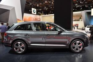 Прикрепленное изображение: 2016-Audi-Q7-Detroit-Auto-Show-2015-5.jpg