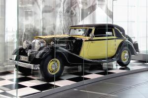 Прикрепленное изображение: Horch_V_12_Cabriolet_670_(museum_mobile_2013-09-03)Копия.jpg