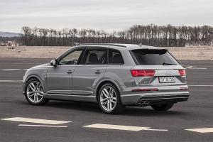 Прикрепленное изображение: Audi-SQ7-TDI-2016-2017-2-min.jpg