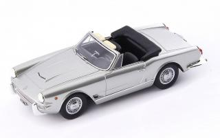 Прикрепленное изображение: Avenue43 Maserati 3500GT Special Spyder Vignale 1960.jpg