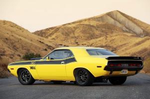 Прикрепленное изображение: 1970 Dodge Challenger E-Max Hotchkis TA 041.jpg