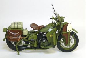 Прикрепленное изображение: 1942 Harley-Davidson® WLA Military Motorcycle Franklin Mint (3).JPG