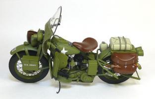 Прикрепленное изображение: 1942 Harley-Davidson® WLA Military Motorcycle Franklin Mint (4).JPG