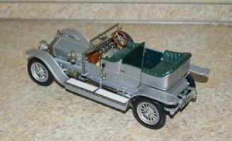 Прикрепленное изображение: Rolls Royce Silver Ghost 1907 Franklin Mint  (2).JPG
