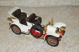 Прикрепленное изображение: Mercedes Simplex 1904 Franklin Mint  (1).JPG