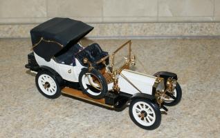 Прикрепленное изображение: 1912 Packard 1-48 Victoria,Franklin Mint (1).JPG
