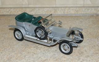 Прикрепленное изображение: Rolls Royce Silver Ghost 1907 Franklin Mint  (1).JPG