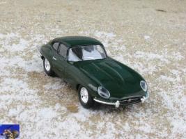 Прикрепленное изображение: Jaguar E-Type_0-0.jpg
