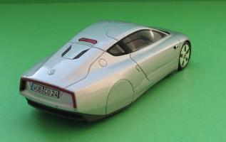 Прикрепленное изображение: VW XL1-02.jpg