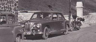 Прикрепленное изображение: BMW en 1950.jpg