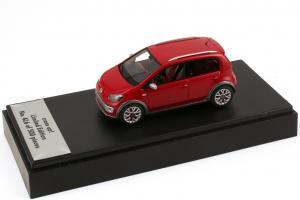 Прикрепленное изображение: VW cross up! Looksmart.jpg