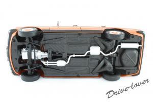 Прикрепленное изображение: Mercedes-Benz 230 E W123 Revell 08407 9091 (170233)_10.jpg